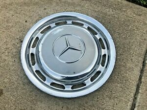 Mercedes W123 W107 W116 W114 W115 220 230 Wheel Hub Cap Cover