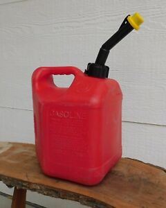 Britz 2 Gallon Gas Can Used Red Poly Clean Inside Usa