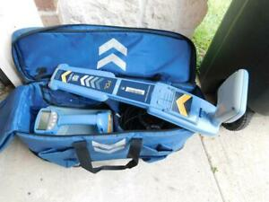 Radiodetection Rd8100 Pdl W Tx10 Underground Buried Cable And Pipe Locator