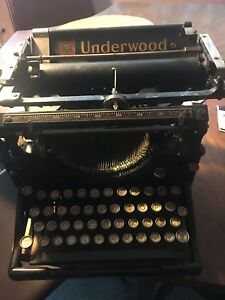 Antique Underwood Standard No 5 Typewriter No Case