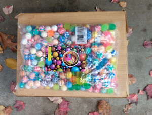 250 Super Bouncy Balls 27mm New In Bag With Display Card