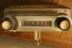Old Am 1965 Ford Truck Radio A 5tbt 212454