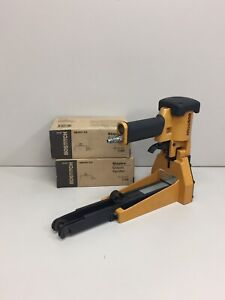 Bostitch Pneumatic Stapler Sw9040 2 Boxes Of Sw7437 Staples