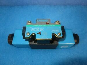 New Vickers Dg4v 3a 6c m ftwl b5 60 4 Way Directional Control Valve 1 Year