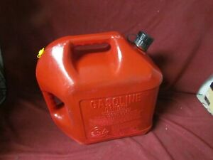 Blitz 5 Gallon Gas Can Store Away Spout Painted