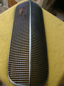 1937 Lasalle Grille Includes Both Emblems Has Chips