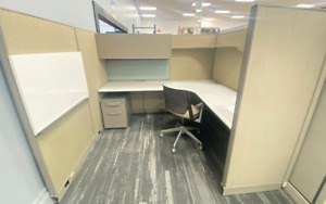 Haworth Office Modular Cubicle Stations Mint Condition 6x7 7x8