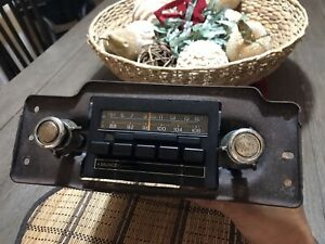 Vintage Ford Oem Am Fm Stereo Radio 4 Spkr Working Condition W Knobs Plugs