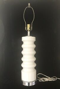 Vintage White 1960s 1970s Mid Century Modern Ceramic Lamp Pop Mod Laurel Era