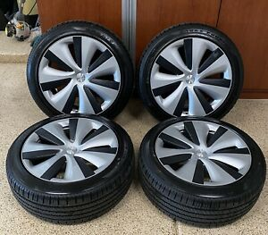 Brand New 19 Tesla S 2021 Tires And Wheels