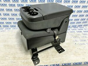 07 13 Silverado Sierra Front Center Jump Seat Console Cup Holder Cloth Black Oem