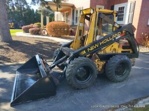 New Holland L555 Skid Steer Loader New Bucket 42hp Kubota Diesel Just Serviced