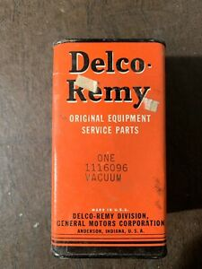 1956 1957 Oldsmobile Vacuum Advance Delco Remy 1116096 Nos New Sealed Box