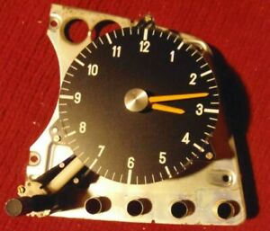 Mercedes benz Working Clock 123 Chassis 1977 1981 Oe