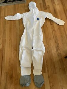 Dupont Tyvek 400 Ty122s Xl Coveralls With Hood Skid resistant Boots White Ppe