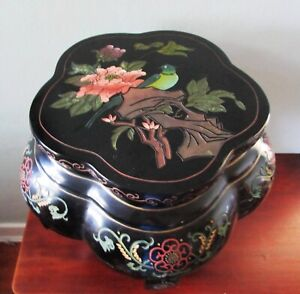 Vintage Asian Pedestal Lacquered Bird Incised Painted Plant Stand Side Table