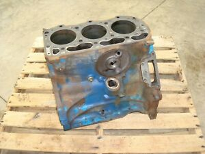 1968 Ford 3000 Diesel Tractor Engine Block C7nn6015s
