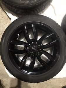Mini Cooper S Countryman All4 Oem Set Of 4 Wheels And Tires 205 55 r17 Black