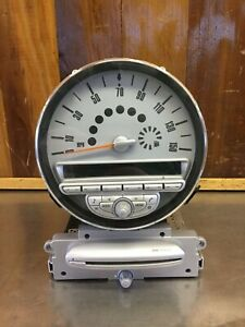 Mini Cooper 2007 10 Instrument Cluster Radio Boost Cd Assembly Used K1218