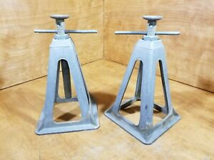2 Camco Olympian Cast Aluminum Rv Jack Stands