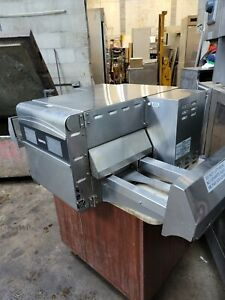 Ovention Electric Conveyor Oven
