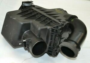 2020 2021 Toyota Corolla Air Cleaner Intake Filter Box Assembly Oem