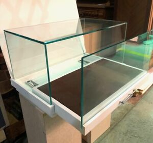Display Case Counter Top White With Slide Out M1