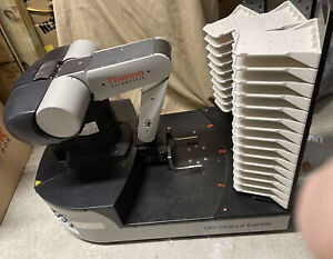 Thermo Fisher Scientific Crs Catalyst Robot Arm Express Model F01229