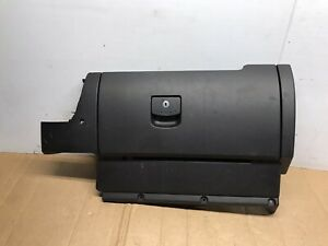 2006 2010 Volkswagen Beetle Bug Gray Glove Box Assembly Aux Port Oem 06 10
