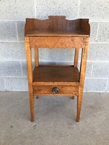 Antique Birds Eye Tiger Maple Hepplewhite Style Wash Stand Side Table