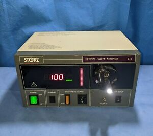 Karl Storz 615c Xenon Light Source With Turret 267 Bulb Hours