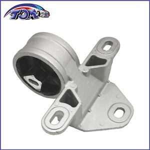 Front Left Motor Mount For 2001 2007 Chrysler Voyager Dodge Grand Caravan 3 3l
