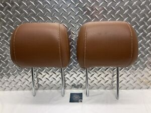10 14 Ford Mustang Convertible Front Seat Headrest Set Head Rests Brown Leather