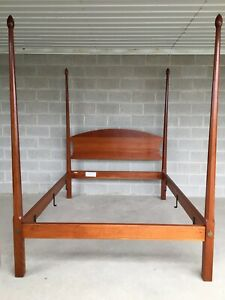 Stickley Duanesburg Collection Solid Cherry Pencil Poster Bed Frame