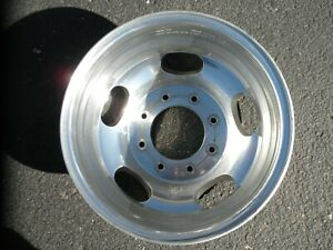 One Rear 17 Ford F350 Sd Dually Rim 17 Inches Ford Dually 3500 Wheel Drw Oem
