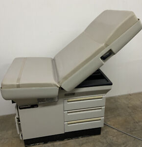 Midmark 404 Medical Exam Table Chair with Stirrups No Rips