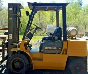 Cat 60 Forklift Triple Mast 6000 Lbs Lift New Pneumatic Or Tires Low Hours