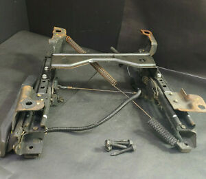 2000 Chevy Cavalier Front Driver Side Seat Base Bottom Manual Slide Assembly