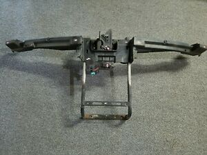 2006 2011 Cadillac Dts Hood Latch Core Support Bumper Attachment Bracket Oem