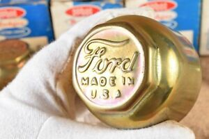 1920s Ford Model T Brass Grease Hub Cap 2 3 8 Threaded Dust Cover Screw On