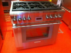 36 Thermador Gas Range Prg366wh used 2020 Model