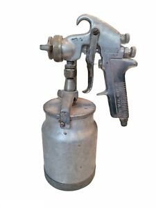 Vintage Devilbiss Air Spray Paint Gun With Canister Type Jga 502 Untested