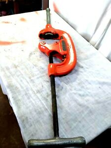 Ridgid Model No 44 s Pipe Cutter With Handle For 2 1 2 To 4 Pipe