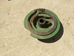 John Deere 14t Square Hay Baler Right side Knotter Cam Gear Tripper Assembly