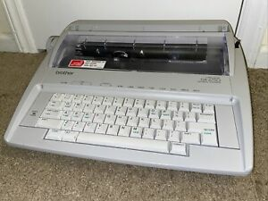 Brother Gx 6750 Daisy Wheel Electronic Typewriter Excellent Condition