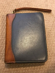 Franklin Quest Leather W aniline Trim 6 Ring Compact Zip Binder planner W pages