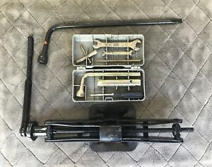 Fiat Trunk Jack With Ratchet Handle Complete Hard Shell Tool Kit Lug Wrench