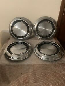 A Set Of 4 Oem 1970 Oldsmobile Delta 88 98 15 Hubcaps Free Shipping
