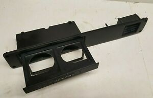 87 96 Dodge Dakota In Dash Retractable Cup Holder Assembly With Ac Vent