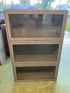 Barriester Lawyer Bookcase Metal Display Case